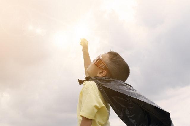 男の子のおしっこは、なんでそんなに飛び散るの?4つの解決策を提案!
